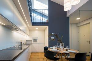 bytový interier, půdní vestavba  - realizace návrhu architekta