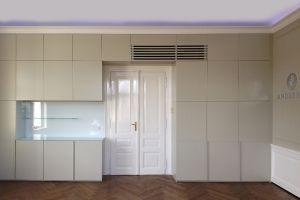 rekonstrukce a vybavení  kancelářských prostor  - realizace návrhu architekta